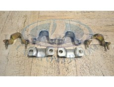 Lada Niva 1976-2015 Front Sway Anti Roll Bar Stabilizer Inner and Outer Bracket Set